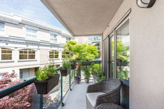 "Photo 19: 225 332 LONSDALE Avenue in North Vancouver: Lower Lonsdale Condo for sale in ""Calypso"" : MLS®# R2386043"