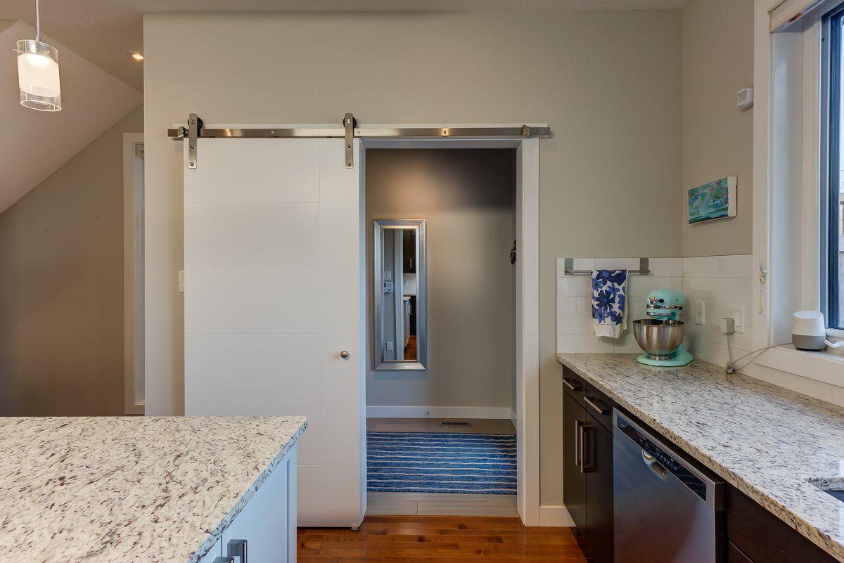Photo 19: Photos: 11046 131 Street in Edmonton: Zone 07 House for sale : MLS®# E4235599