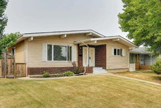 Photo 1: 3708 108 Street in Edmonton: Zone 16 House for sale : MLS®# E4255030