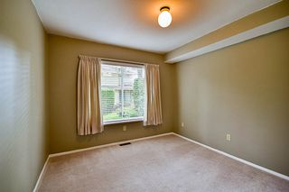 """Photo 9: 17 9971 151 Street in Surrey: Guildford Townhouse for sale in """"Spencer's Gate"""" (North Surrey)  : MLS®# R2111664"""