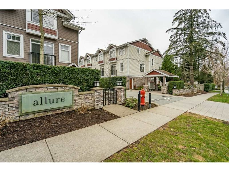 FEATURED LISTING: 24 - 2689 PARKWAY Drive Surrey