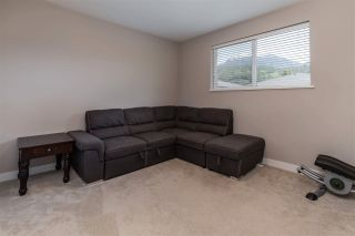 """Photo 16: 39278 MOCKINGBIRD Crescent in Squamish: Brennan Center House for sale in """"Ravenswood"""" : MLS®# R2587868"""