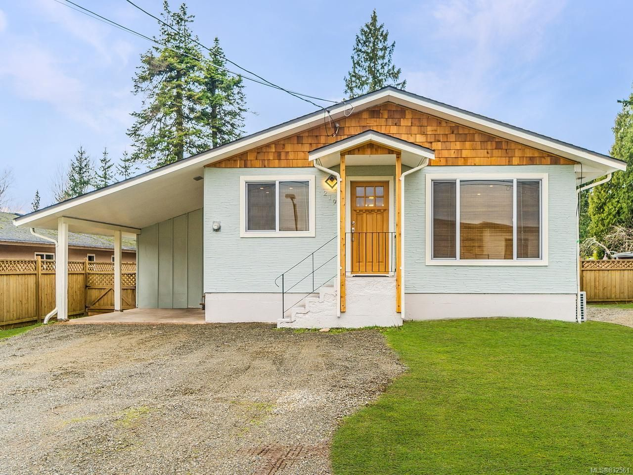 Main Photo: 219 McVickers St in PARKSVILLE: PQ Parksville House for sale (Parksville/Qualicum)  : MLS®# 832561