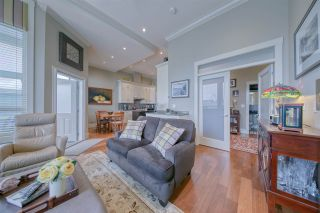 Photo 14: 1048 A DANSEY Avenue in Coquitlam: Central Coquitlam 1/2 Duplex for sale : MLS®# R2562405
