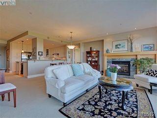 Photo 5: 401 5332 Sayward Hill Cres in VICTORIA: SE Cordova Bay Condo for sale (Saanich East)  : MLS®# 755852