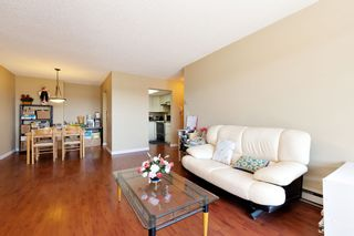 "Photo 4: 311 2925 GLEN Drive in Coquitlam: North Coquitlam Condo for sale in ""GLENBOROUGH"" : MLS®# R2492747"