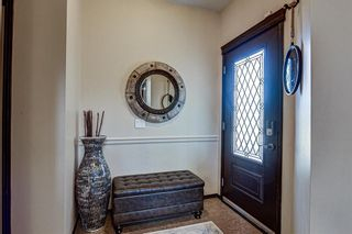 Photo 2: 192 Everoak Circle SW in Calgary: Evergreen Detached for sale : MLS®# A1089570