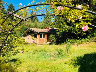 Photo 1: 444 CAMPBELL BAY Road: Mayne Island House for sale (Islands-Van. & Gulf)  : MLS®# R2597578