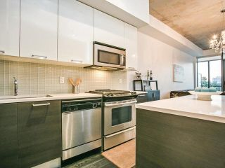 Photo 13: 733 90 Broadview Avenue in Toronto: South Riverdale Condo for sale (Toronto E01)  : MLS®# E3926308