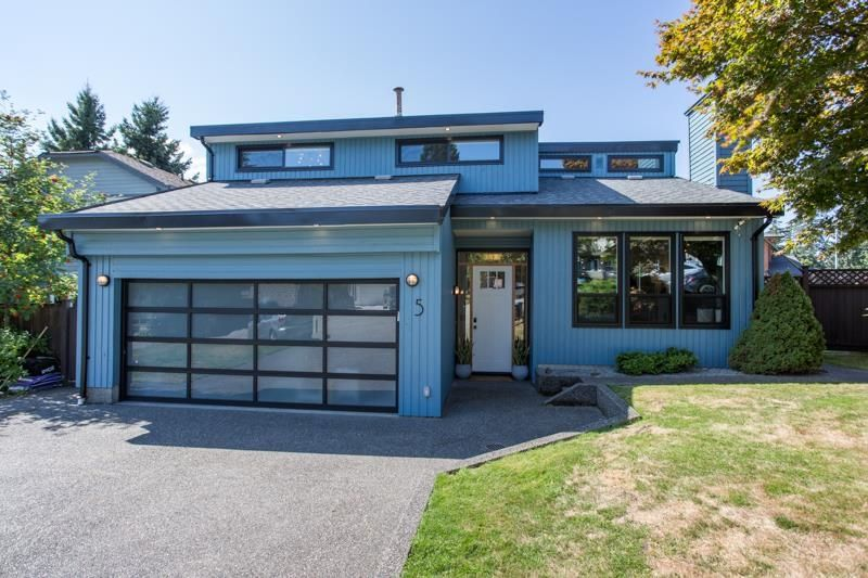 Main Photo: 5 CAMPION Court in Port Moody: Mountain Meadows House for sale : MLS®# R2615700