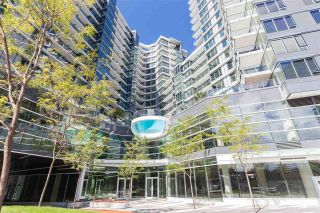 Photo 1: 553 38 Smithe St in Vancouver: Downtown VW Condo for sale (Vancouver West)  : MLS®# R2508747