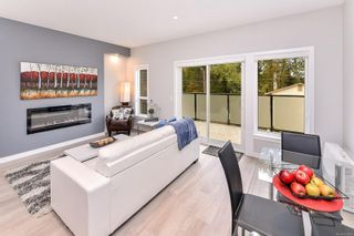 Photo 4: 102 684 Hoylake Ave in : La Thetis Heights Row/Townhouse for sale (Langford)  : MLS®# 859959