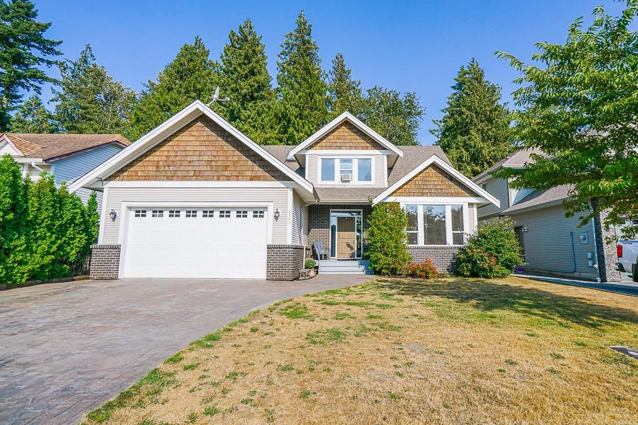 Main Photo: 5604 JANIS Street in Chilliwack: Vedder S Watson-Promontory House for sale (Sardis)  : MLS®# R2611234