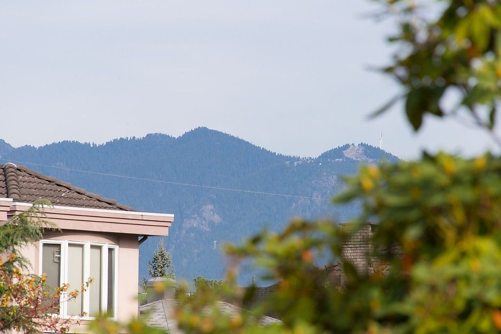 Photo 3: Photos: 2360 W KING EDWARD Avenue in Vancouver: Quilchena House for sale (Vancouver West)  : MLS®# R2008967