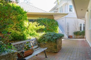 Photo 4: 106 1196 Clovelly Terr in : SE Maplewood Row/Townhouse for sale (Saanich East)  : MLS®# 872459