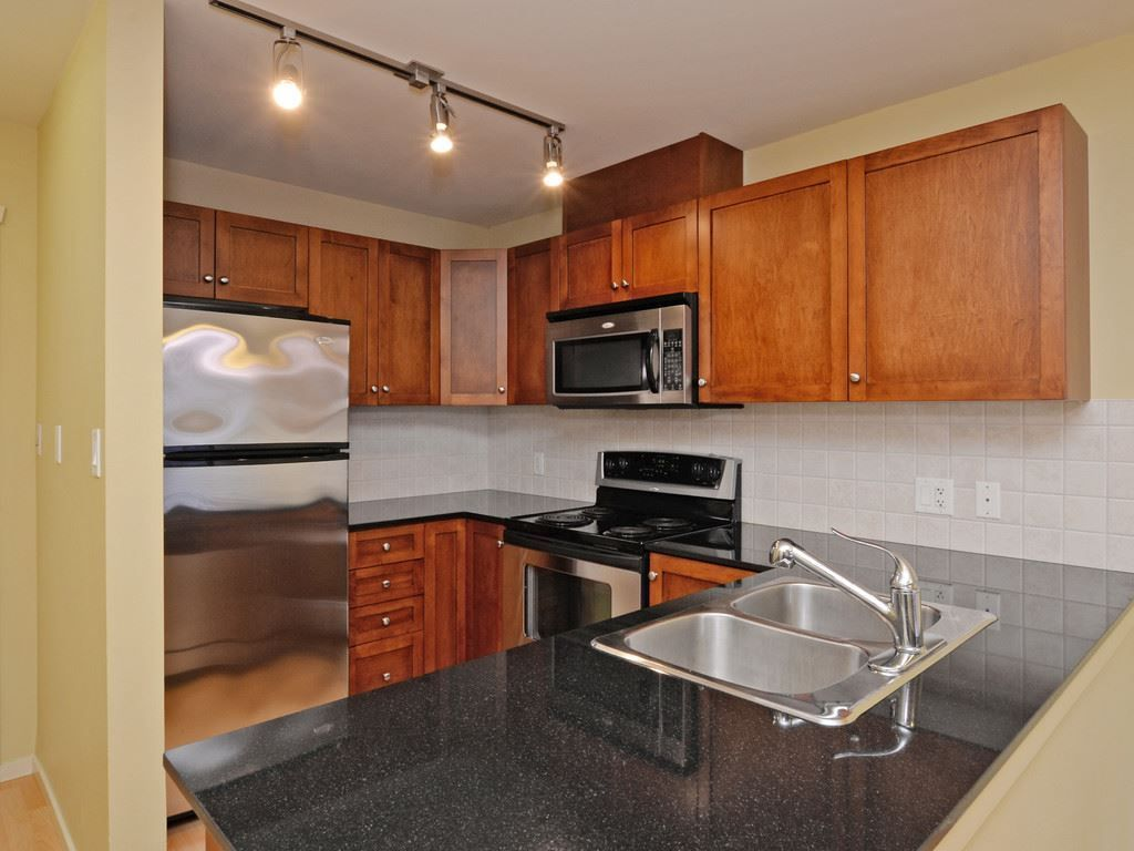 Photo 9: Photos: 213 315 KNOX Street in New Westminster: Sapperton Condo for sale : MLS®# R2232831