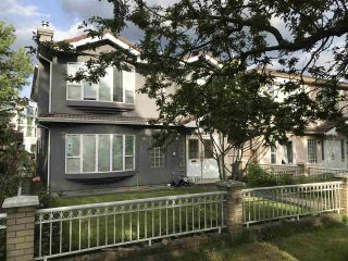 Photo 1: 4736 GLADSTONE Street in Vancouver: Victoria VE House for sale (Vancouver East)  : MLS®# R2463396