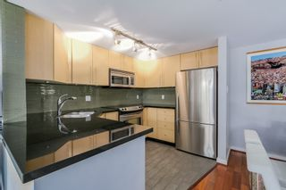 """Photo 7: 2738 CRANBERRY Drive in Vancouver: Kitsilano Townhouse for sale in """"ZYDECO"""" (Vancouver West)  : MLS®# R2073956"""