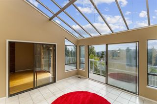 Photo 7: 2544 BLUEBELL Avenue in Coquitlam: Summitt View House for sale : MLS®# R2625984