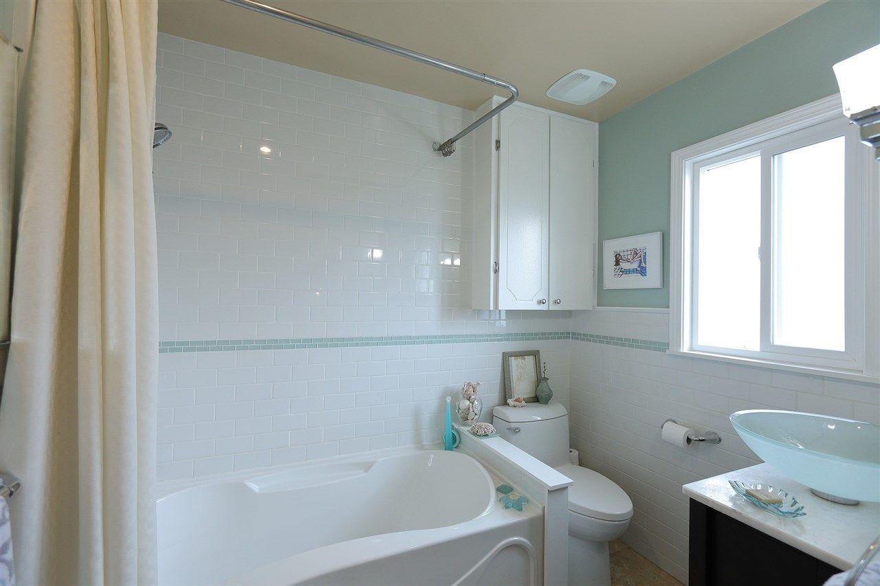 Photo 9: Photos: 1865 E 53RD Avenue in Vancouver: Killarney VE House for sale (Vancouver East)  : MLS®# R2383850