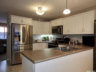 Photo 5: 228 Warwick Crescent in Warman: Residential for sale : MLS®# SK848733
