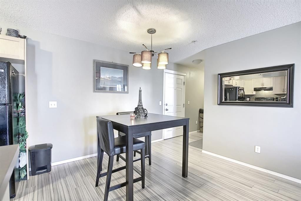 Photo 9: Photos: 2211 43 Country Village Lane NE in Calgary: Country Hills Village Apartment for sale : MLS®# A1085719