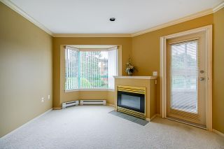 "Photo 6: 202 1569 EVERALL Street: White Rock Condo for sale in ""Seawynd Manor"" (South Surrey White Rock)  : MLS®# R2513338"