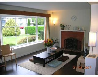 """Photo 5: 1315 W 15TH Street in North_Vancouver: Norgate House for sale in """"NORGATE"""" (North Vancouver)  : MLS®# V666224"""