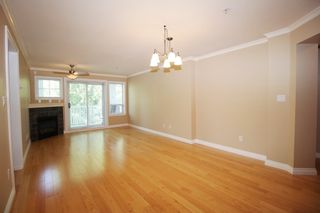 """Photo 3: 305 20750 DUNCAN Way in Langley: Langley City Condo for sale in """"Fairfield Lane"""" : MLS®# R2401633"""