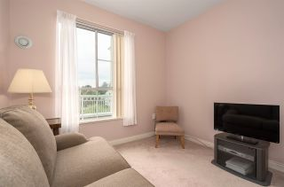 """Photo 15: 411 2995 PRINCESS Crescent in Coquitlam: Canyon Springs Condo for sale in """"PRINCESS GATE"""" : MLS®# R2386105"""
