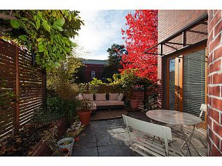 """Photo 1: 3 503 E PENDER Street in Vancouver: Mount Pleasant VE Townhouse for sale in """"Jackson Gardens"""" (Vancouver East)  : MLS®# V1035790"""