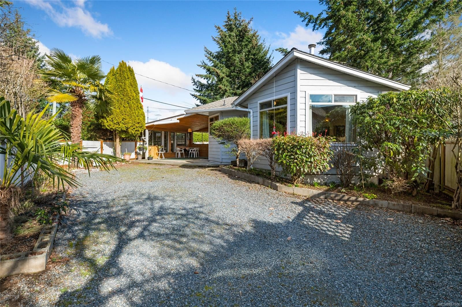 Main Photo: 3014 104TH St in : Na Uplands House for sale (Nanaimo)  : MLS®# 867500