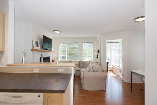 """Photo 8: 211 2768 CRANBERRY Drive in Vancouver: Kitsilano Condo for sale in """"ZYDECO"""" (Vancouver West)  : MLS®# R2598396"""