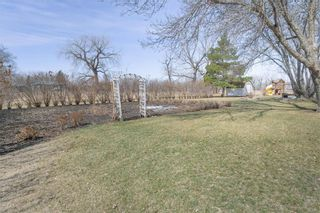 Photo 6: 30 CENTER Street in Lowe Farm: R35 Residential for sale (R35 - South Central Plains)  : MLS®# 202109634