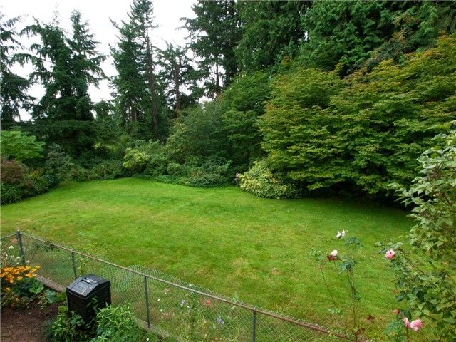 Photo 10: Photos: 811 E KINGS ROAD in North Vancouver: Princess Park House for sale : MLS®# V968826