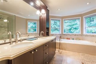 Photo 11: 3020 GRIFFIN Place in North Vancouver: Edgemont House for sale : MLS®# R2421592