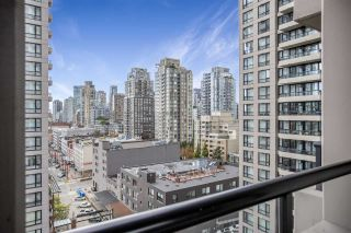 """Photo 12: 1306 909 MAINLAND Street in Vancouver: Yaletown Condo for sale in """"YALETOWN PARK 2"""" (Vancouver West)  : MLS®# R2516846"""
