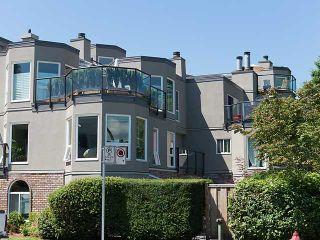 """Photo 1: 202 2110 CORNWALL Avenue in Vancouver: Kitsilano Condo for sale in """"SEAGATE VILLA"""" (Vancouver West)  : MLS®# V1016323"""
