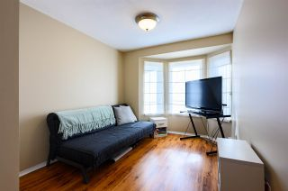 """Photo 13: 311 20881 56 Avenue in Langley: Langley City Condo for sale in """"Roberts Court"""" : MLS®# R2437308"""