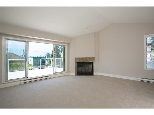 Photo 7: Photos: 1 241 E 4TH Street in North Vancouver: Lower Lonsdale Townhouse for sale : MLS®# V1062566