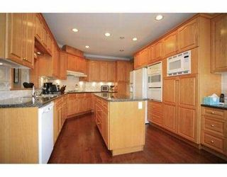 """Photo 4: 7970 PATTERSON Avenue in Burnaby: South Slope House for sale in """"SOUTH SLOPE"""" (Burnaby South)  : MLS®# V970639"""