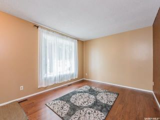 Photo 7: 1627 Vickies Avenue in Saskatoon: Forest Grove Residential for sale : MLS®# SK788003