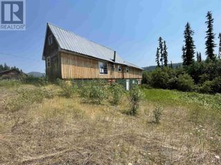 Photo 4: 3194 LITTLE LAKE-QUESNEL RIVER ROAD in Likely: House for sale : MLS®# R2602206