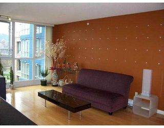 """Photo 3: 1485 W 6TH Ave in Vancouver: False Creek Condo for sale in """"CARRARA"""" (Vancouver West)  : MLS®# V634204"""