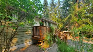 Photo 2: 37148 Galleon Way in : GI Pender Island House for sale (Gulf Islands)  : MLS®# 884149
