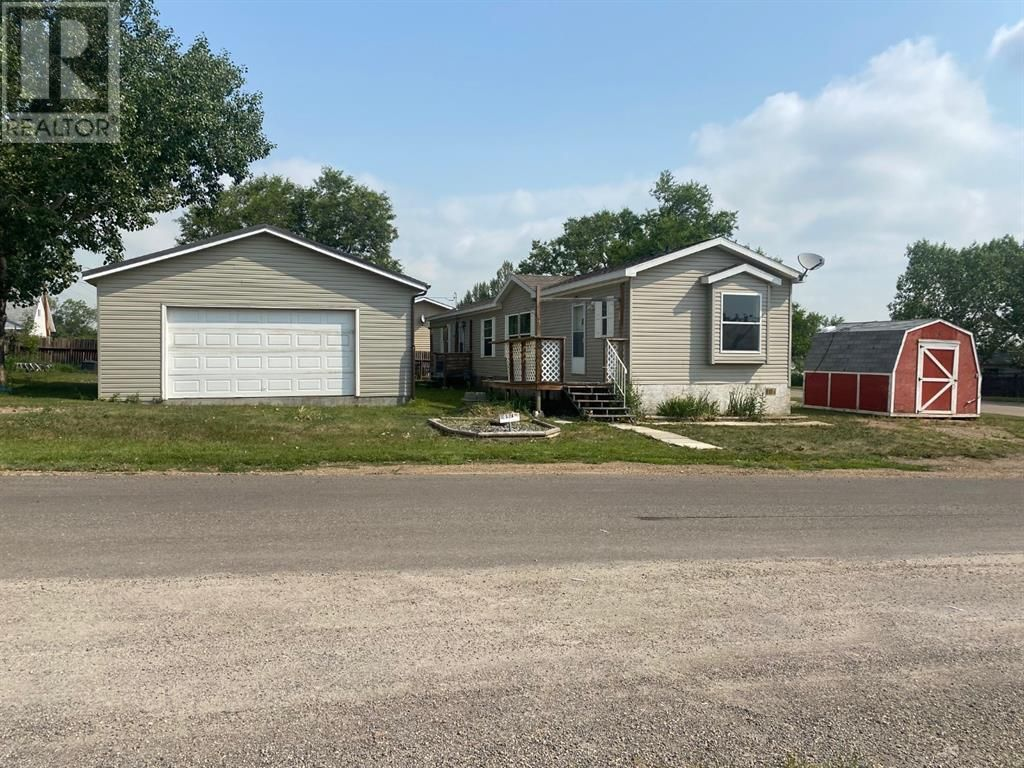Main Photo: 202 1 Street W in Munson: House for sale : MLS®# A1131308