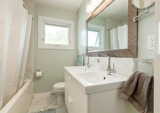 Photo 15: 5812 21 Street SW in Calgary: North Glenmore Park Detached for sale : MLS®# A1128102