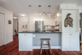 """Photo 14: 408 2181 W 12TH Avenue in Vancouver: Kitsilano Condo for sale in """"THE CARLINGS"""" (Vancouver West)  : MLS®# R2615089"""
