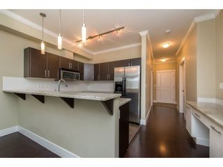 """Photo 6: 209 2632 PAULINE Street in Abbotsford: Central Abbotsford Condo for sale in """"Yale Crossing"""" : MLS®# R2380897"""