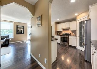 Photo 4: 735 Coopers Drive SW: Airdrie Detached for sale : MLS®# A1132442